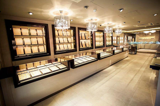 Jewellers in Bermuda
